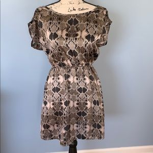 DOUBLE ZERO SNake skin patterned dress small